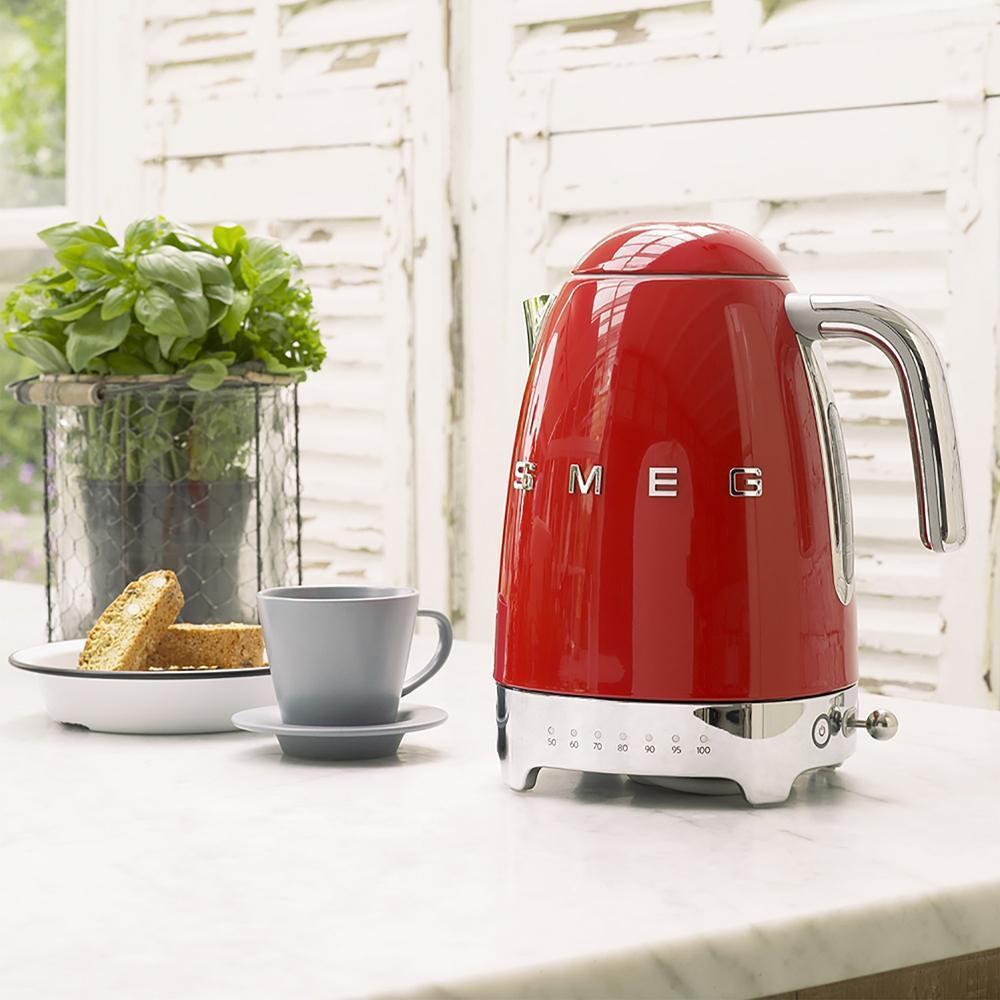 Чайник электрический 1,7 л Smeg 50's Style KLF04RDEU красный - 5 фото